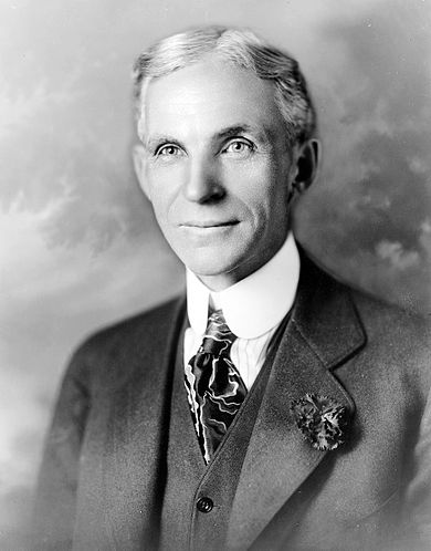 390px-Henry_ford_1919