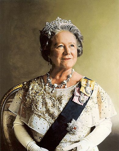 390px-Queen_Elizabeth_the_Queen_Mother_portrait