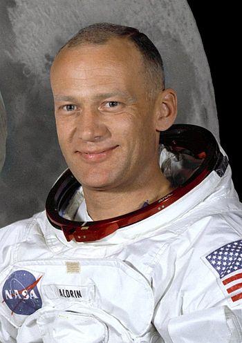 350px-Buzz_Aldrin_%28Apollo_11%29