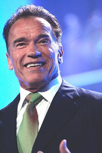 330px-Arnold_Schwarzenegger_in_Sydney%2C_2013