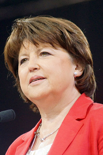 330px-Martine_Aubry_-_avril_2012_%283%29_crop