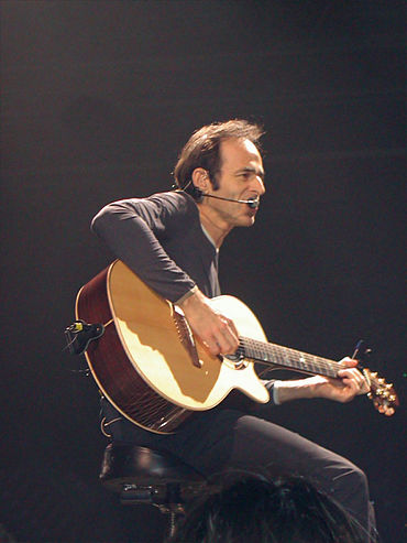 370px-Jean-Jacques_Goldman_-_may_2002