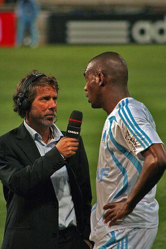 330px-Olympique_de_Marseille_-_Girondins_de_Bordeaux_2007_2008_Ronald_Zubar_Laurent_Paganelli