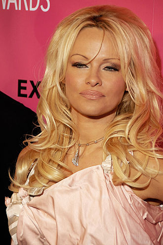 330px-Pam_Anderson_2009