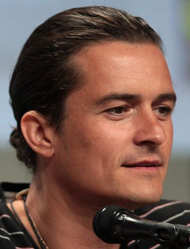 380px-Orlando_Bloom_2014_Comic_Con_%28cropped%29
