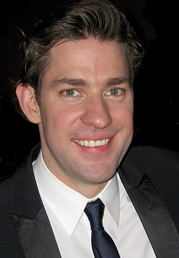350px-John_Krasinski_and_Josh_Wood_%28cropped%29