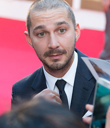 430px-Shia_LaBeouf_at_the_TIFF_premiere_of_Man_Down