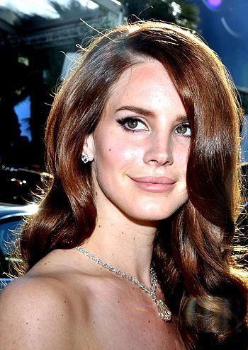 350px-Lana_Del_Rey_Cannes_2012